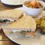 日高市の「Cafe 日月堂」で自家製天然酵母パンのランチを食べました