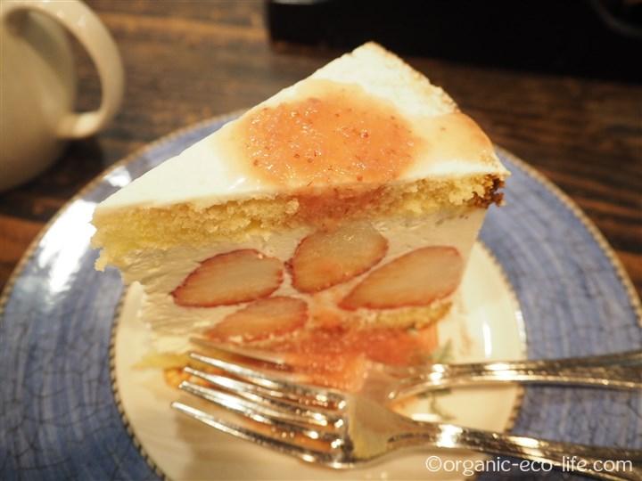 大人のショートケーキ