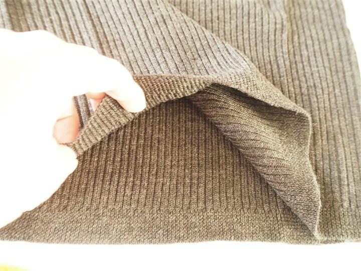 ウールの腹巻スカート裾