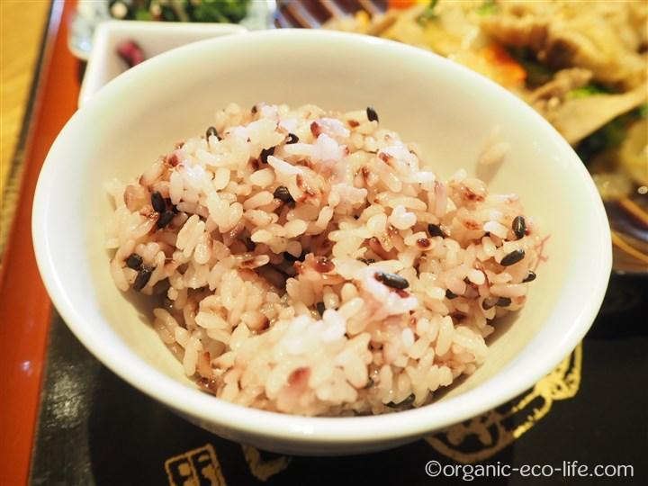紫黒米入りご飯