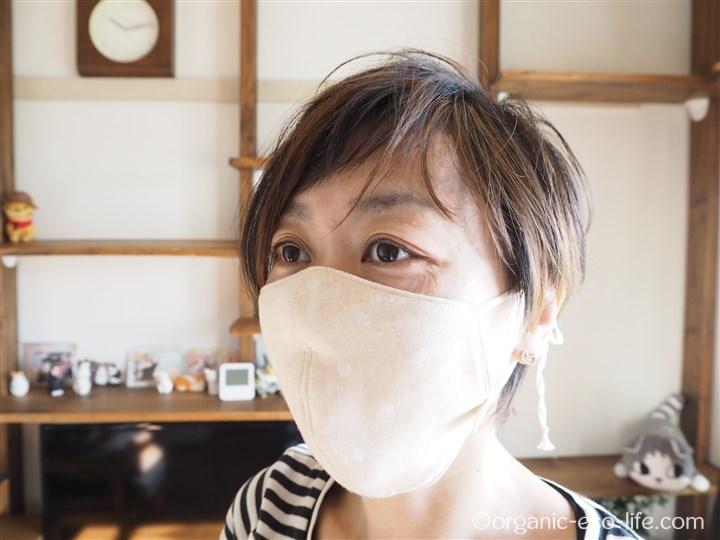清肌布の布マスク着用