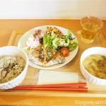 【お茶の水】麻炭入りの玄米がおいしい「オーガニックカフェ晴れ屋」のランチ
